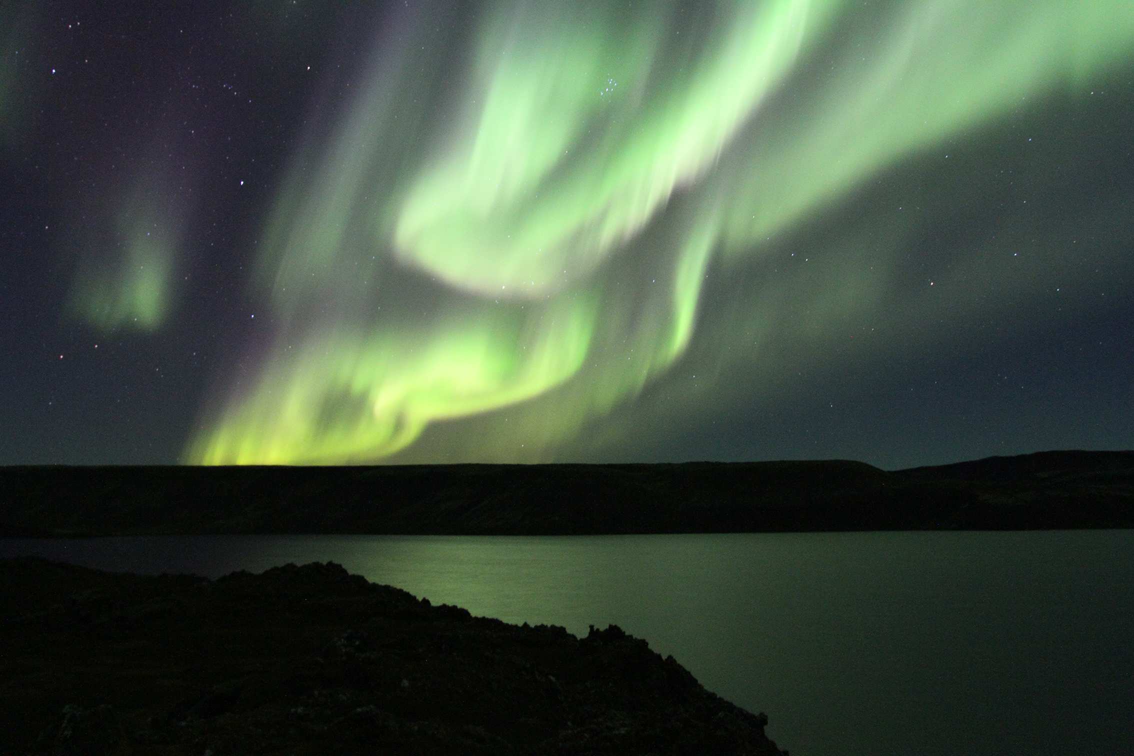 Northern Lights at Kleifarvatn in Iceland