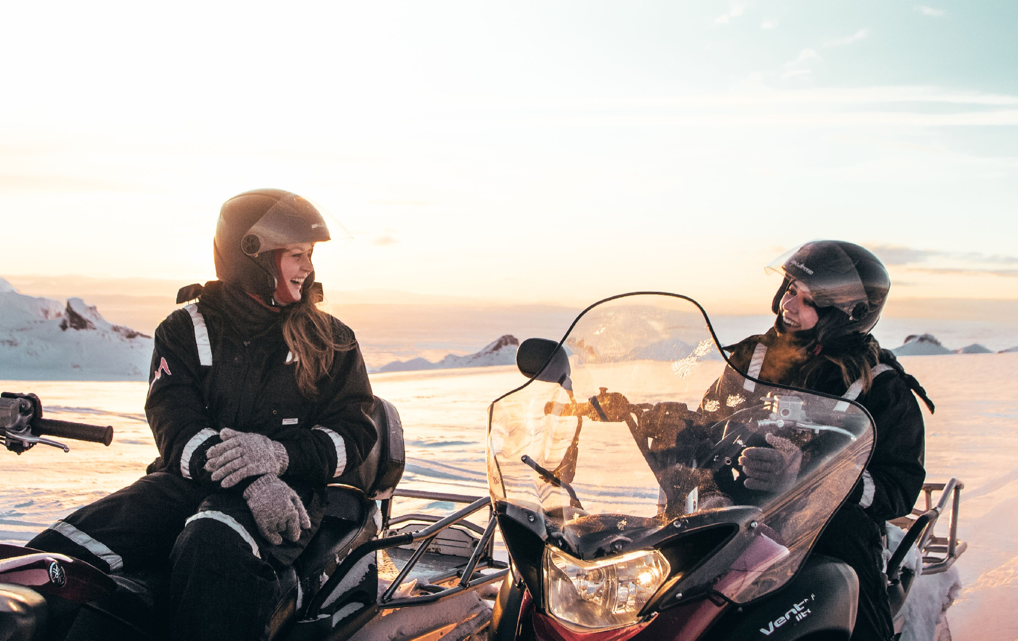 Snowmobile Glacier Tour & Golden Circle Super-Jeep tour